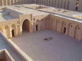 الأميرعامر الخفاجي سلطان العراقيين صاحب قصر الاخيضر  02