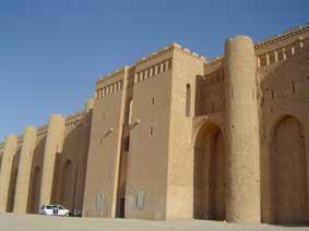 الأميرعامر الخفاجي سلطان العراقيين صاحب قصر الاخيضر  05